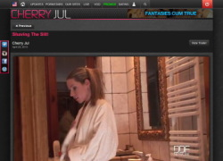 Cherry Julの作品ページのスクリーンショット